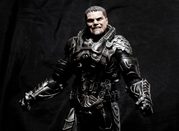 General Zod hot toys